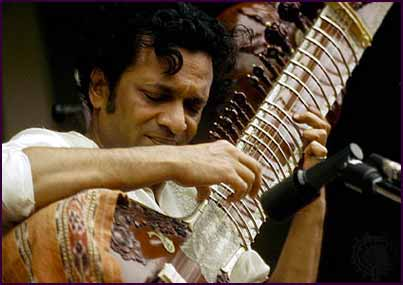 Ravi Shankar playing the sitar at Monterey