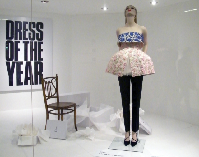 Dress-of-the-Year---Dior-2---(c)-Come-Step-Back-in-Time