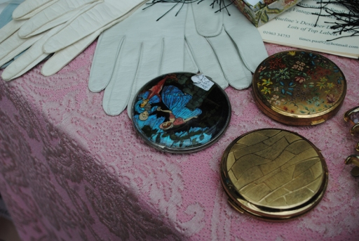 vintage gloves and compacts